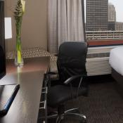 Holiday Inn Express & Suites - Bricktown
