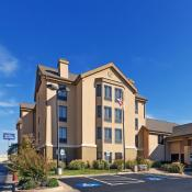 Hampton Inn & Suites - Woodland Hills