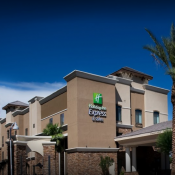 Holiday Inn Express & Suites - Glendale