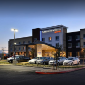Fairfield Inn & Suites - Woodland
