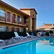 Quality Inn & Suites - Escondido