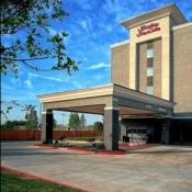 Hampton Inn & Suites - Moore