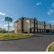 La Quinta Inn & Suites Collinsville