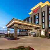 Hampton Inn & Suites - Mustang